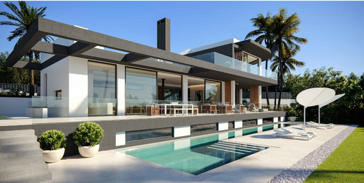 Detached Villa for sale in The Golden Mile R3504346