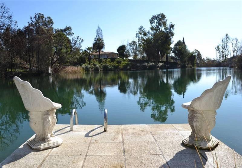 Unique villa with direct access to a natural lake. Dream villa in a private location in a valley. Bu,Spain