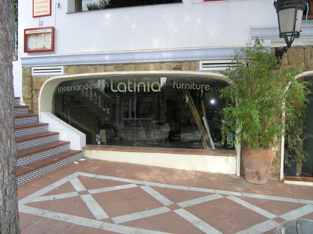 Tienda En Venta Nueva Andalucía