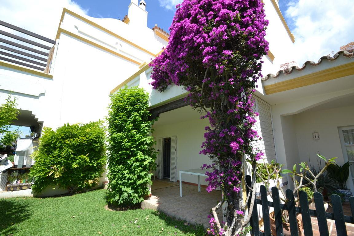 Townhouse Semi Detached in New Golden Mile, Costa del Sol