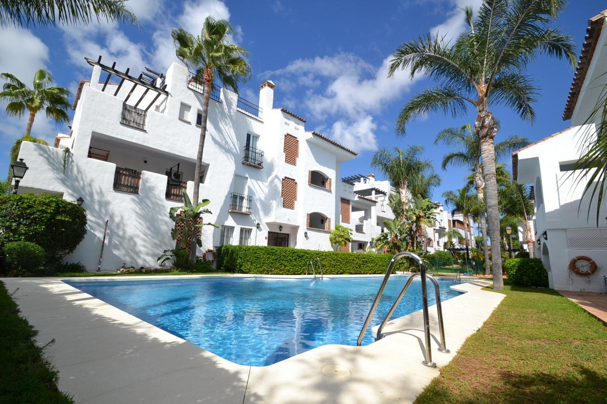 Penthouse for sale in San Pedro de Alcántara R3254755