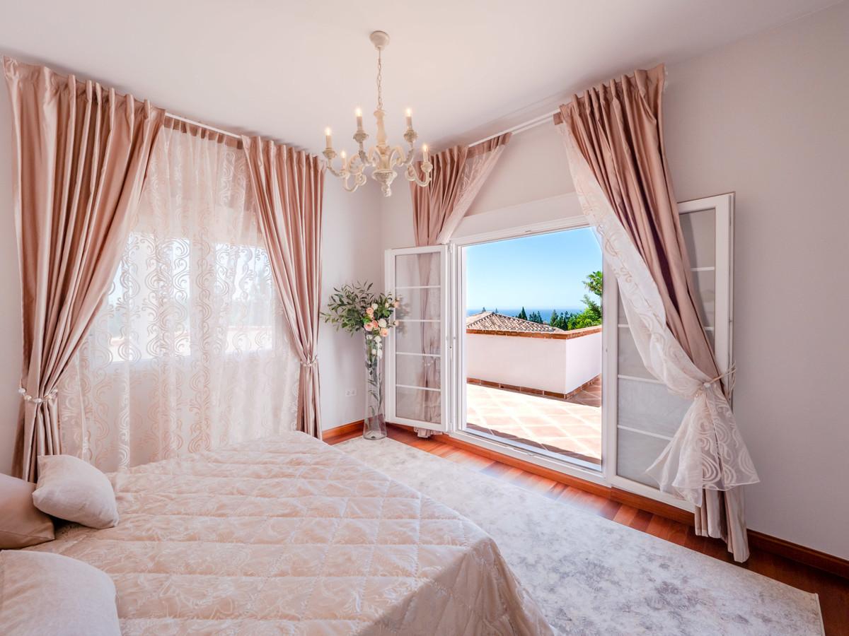 R3075196: Villa for sale in El Chaparral