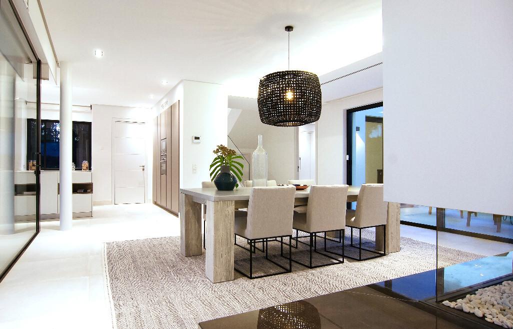 Villa con 4 Dormitorios en Venta Benamara