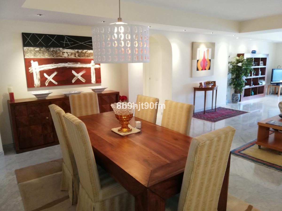 3 Bedroom Apartment for sale Puerto Banús