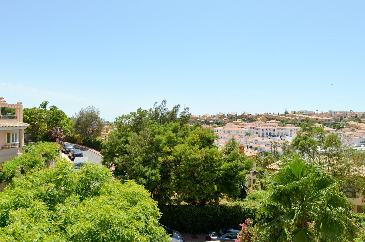 Middle Floor Apartment, Mijas Costa, Costa del Sol. 2 Bedrooms, 1 Bathroom, Built 56 m², Terrace 12 ,Spain