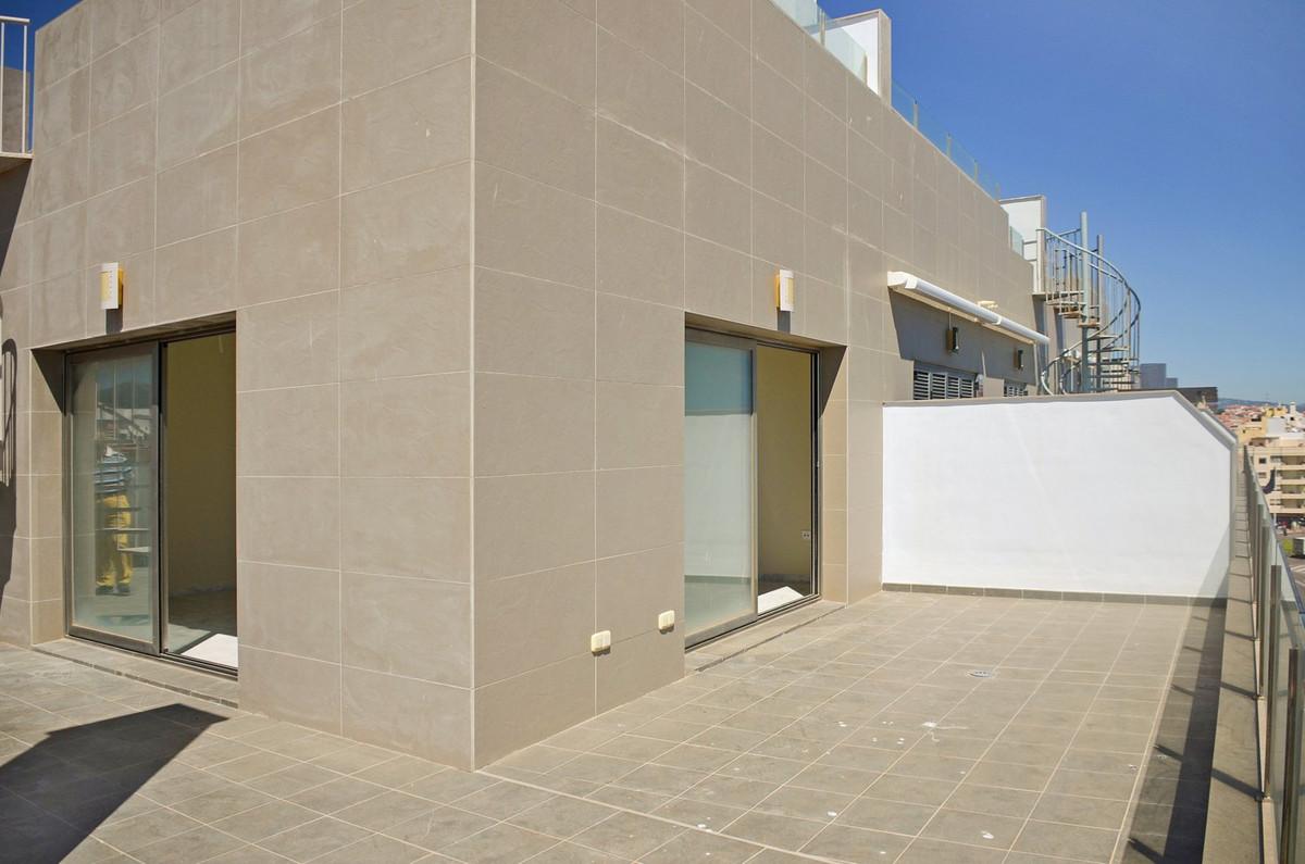 4 Bedroom Apartment for sale Estepona