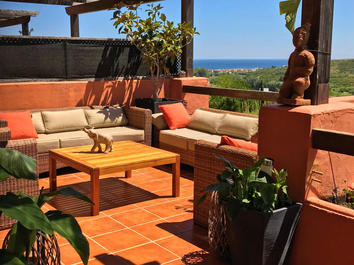 Middle Floor Apartment, Casares, Costa del Sol. 3 Bedrooms, 2 Bathrooms, Built 135 m², Terrace 44 m²,Spain