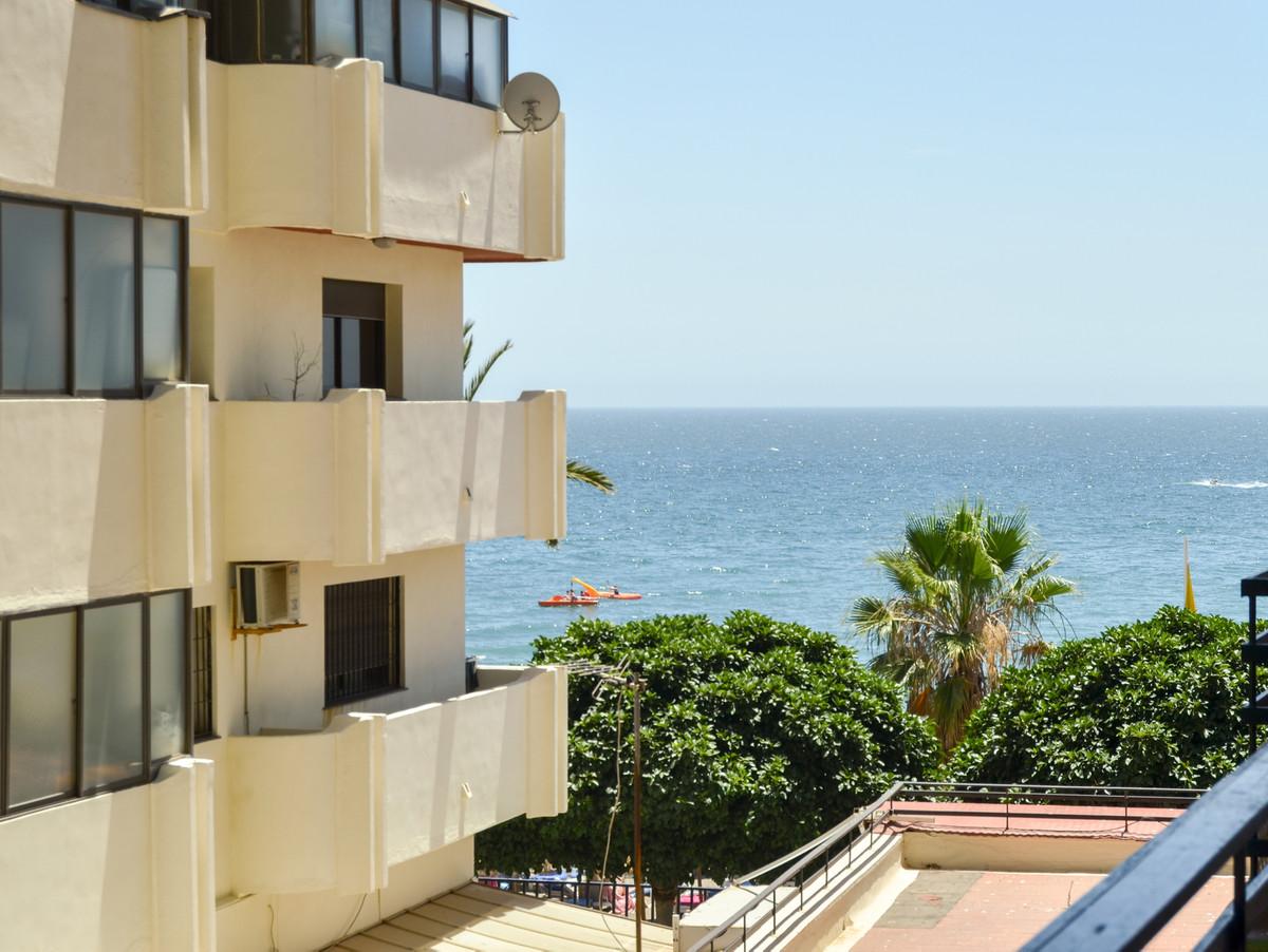 Middle Floor Studio, Marbella, Costa del Sol. 1 Bedroom, 1 Bathroom, Built 40 m², Terrace 9 m².  Set,Spain