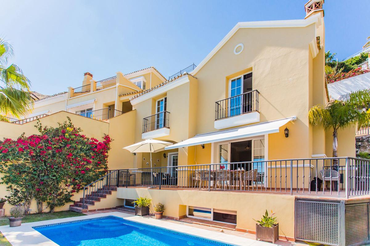 4 Bedroom Villa for sale Istán