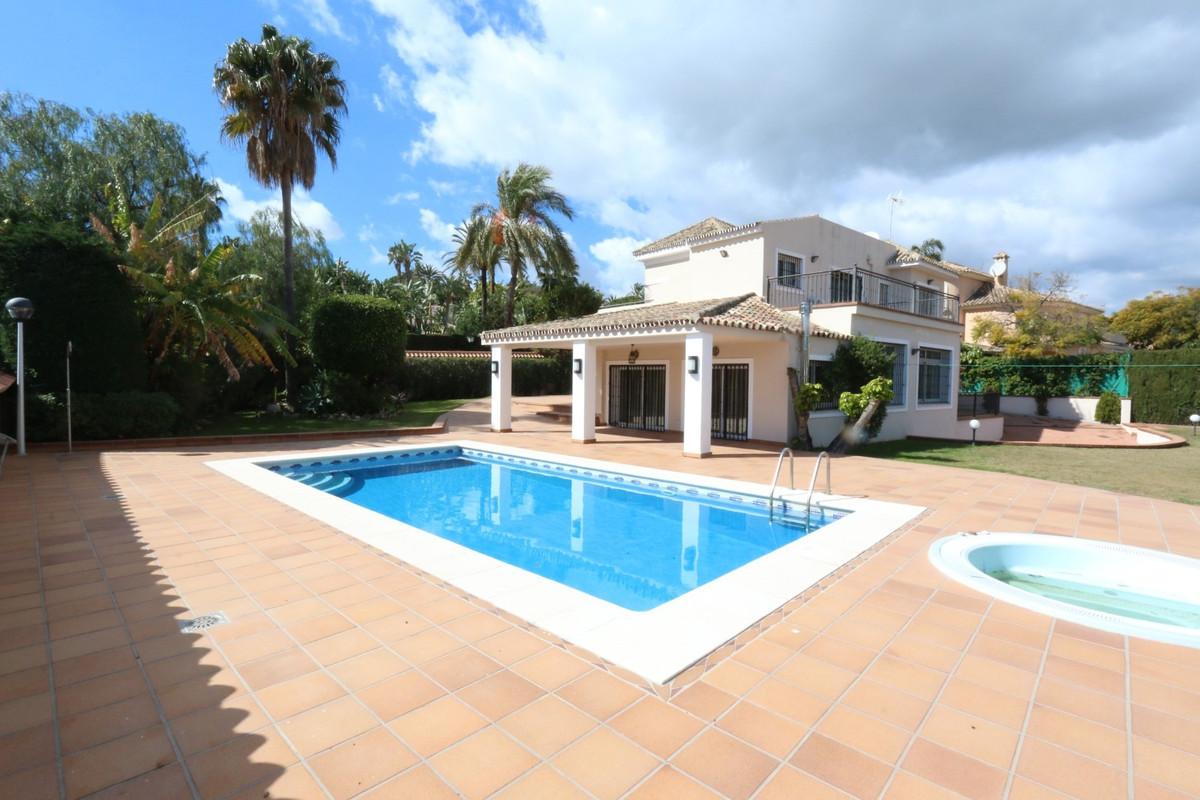 Fantastic Villa  walking distance to Puerto Banus and Centro Plaza ! Ideal for big families, enterta,Spain