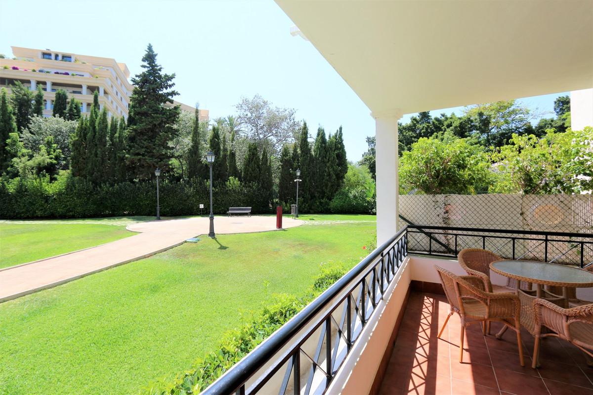 Apartment Ground Floor Nueva Andalucía Málaga Costa del Sol R3512827