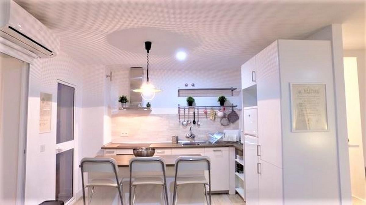 Apartament na środkowym piętrze w Torreblanca R3500671