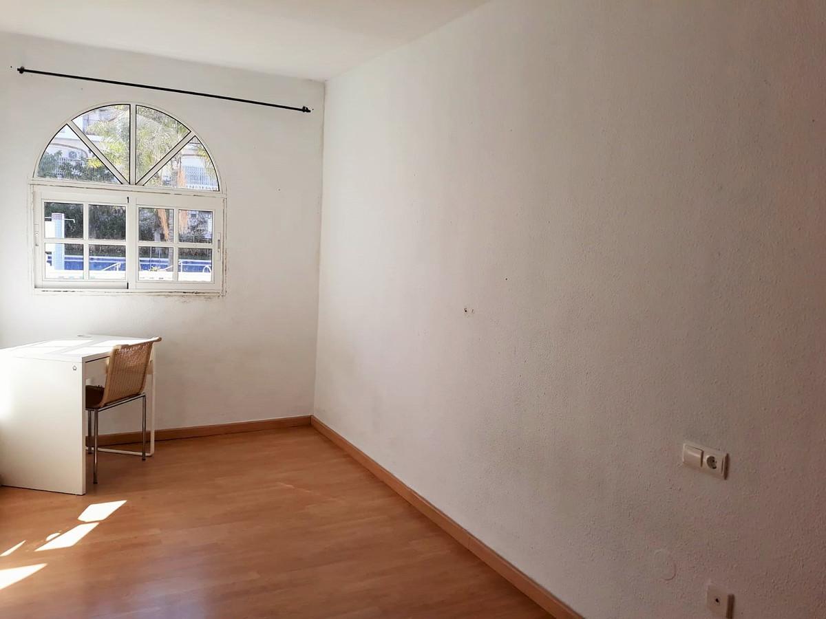 Unifamiliar con 4 Dormitorios en Venta Mijas Costa