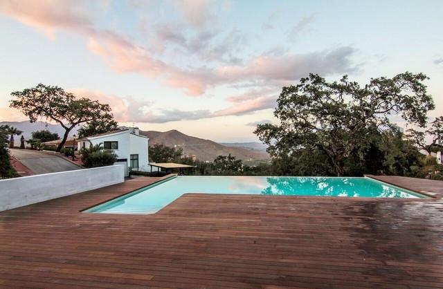 Detached Villa for sale in La Mairena R3157633