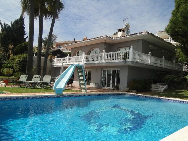 Villa - ejendomsmægler i Torrenueva