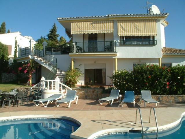 Villa til salg i Campomijas