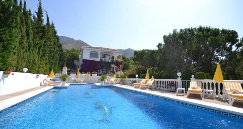 Villa - real estate in Mijas