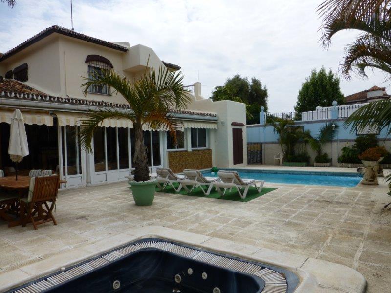 Villa - real estate in Puerto Banus