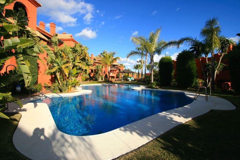 Lejlighed til salg i Calahonda
