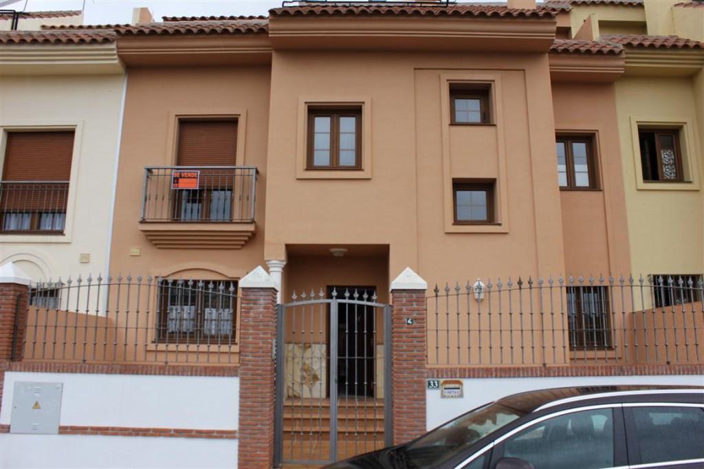 Townhouse - real estate in Fuengirola
