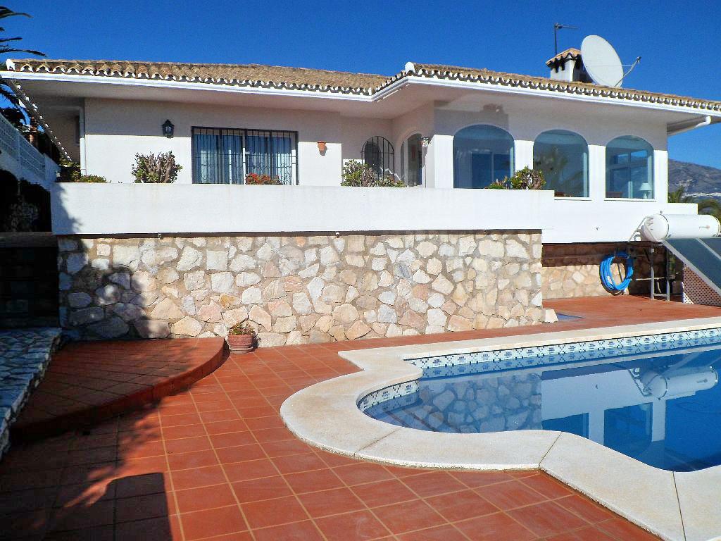 Villa til salg i Cerros del Aguila