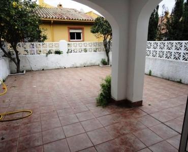 Rækkehus til salg i Cerros del Aguila