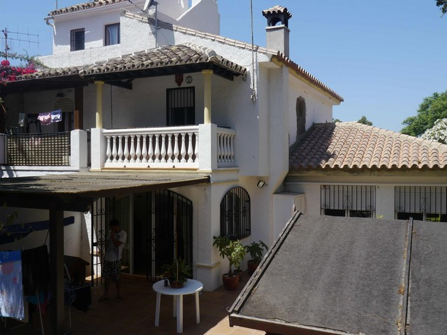 Townhouse - real estate in Elviria