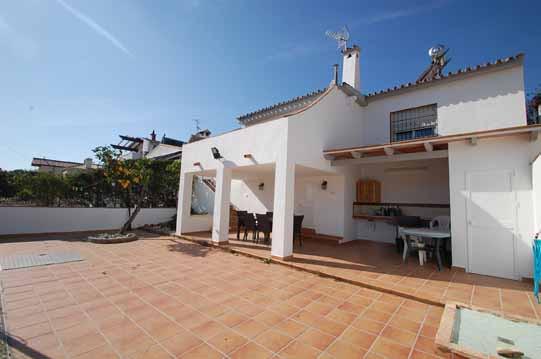 Villa til salg i Nueva Andalucia