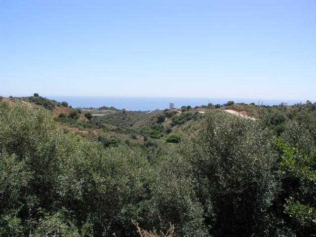 Plot for sale in Los Monteros