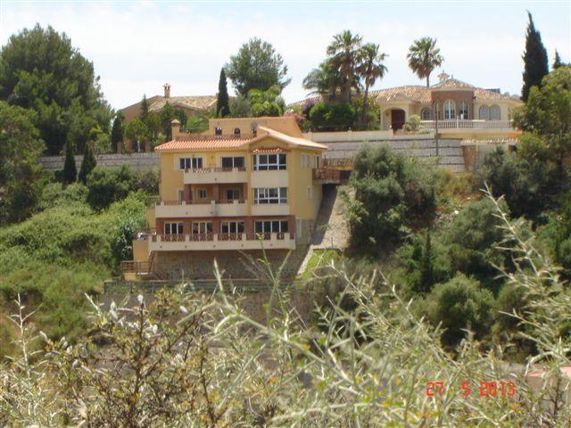 Villa - ejendomsmægler i Sierrezuela