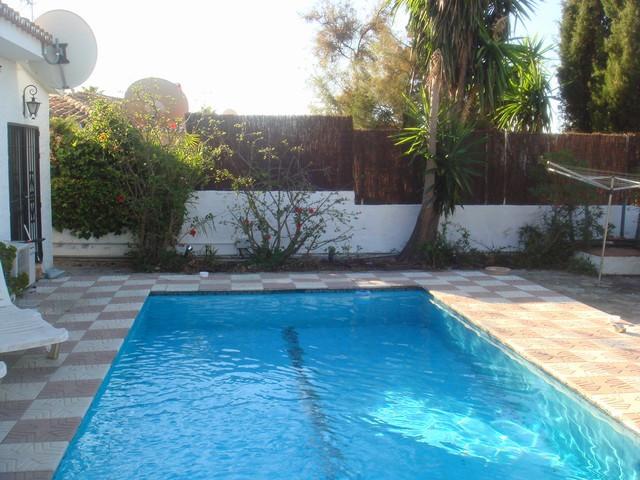 Villa for sale in Torremar