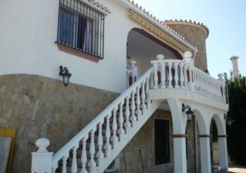 Villa - real estate in Caleta de Vélez