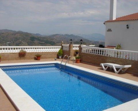 Villa - real estate in Iznate