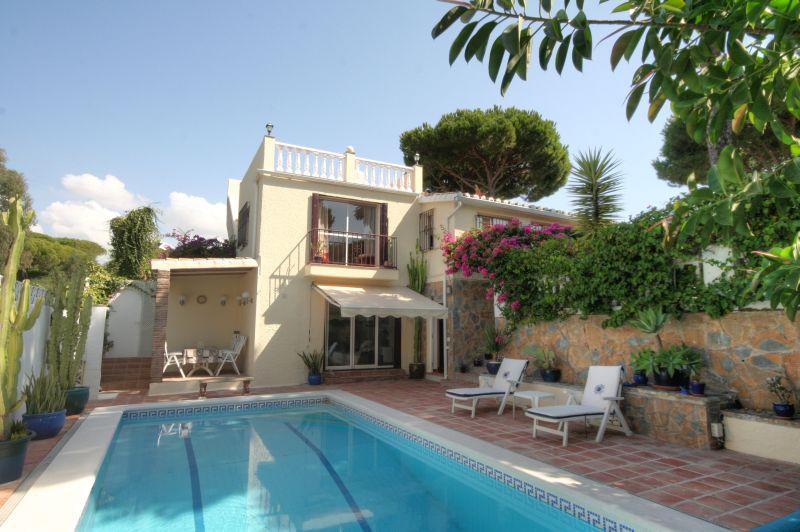 Villa till salu i Calahonda