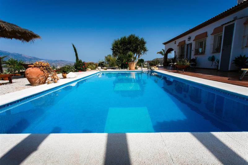 Villa til salg i Viñuela