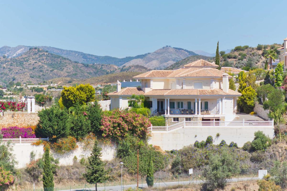 Villa - ejendomsmægler i Mijas Golf