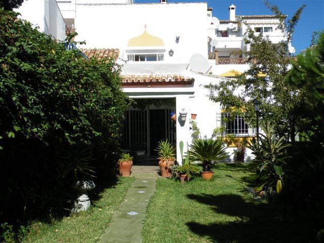 Townhouse - real estate in Riviera del Sol
