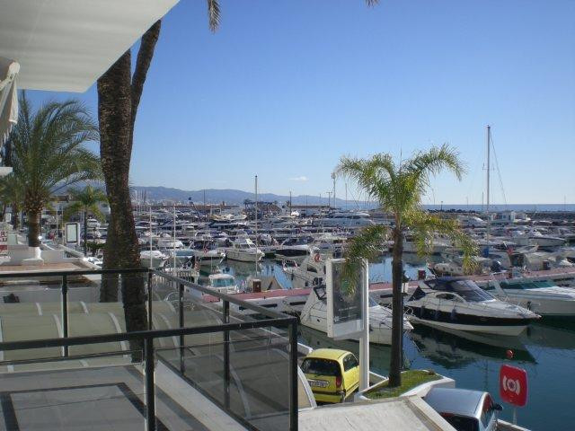 Lejlighed til salg i Puerto Banus