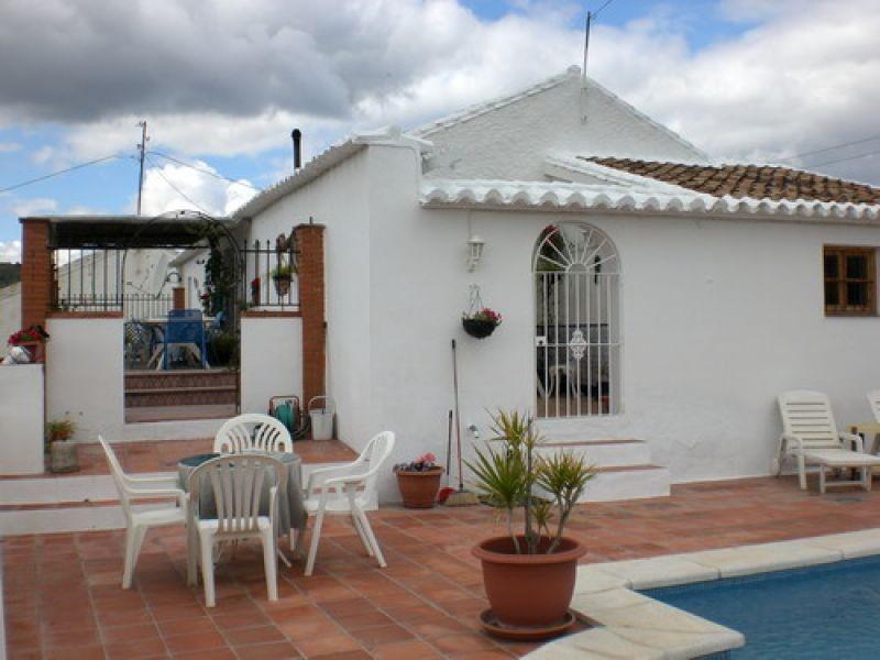 Villa - real estate in Comares