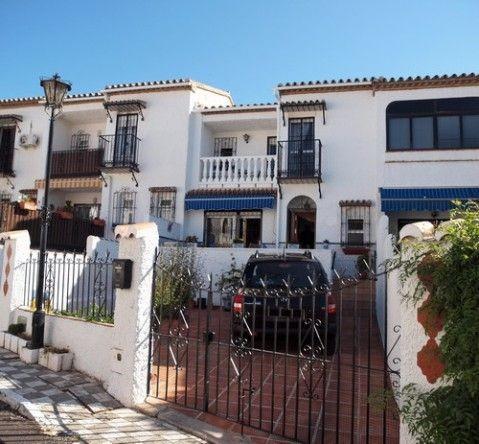 Townhouse - real estate in Caleta de Vélez