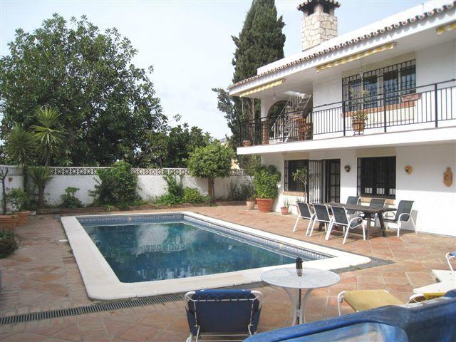 Luxury villa - real estate in La Sierrezuela