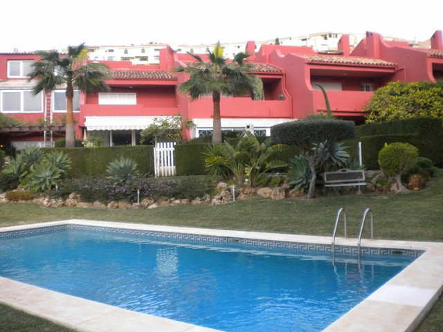 Rækkehus - ejendomsmægler i Torrequebrada