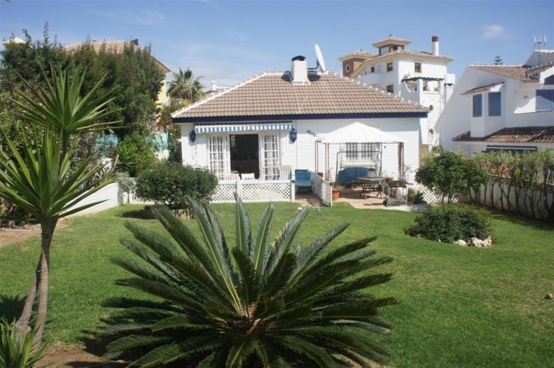 Villa til salg i Calahonda