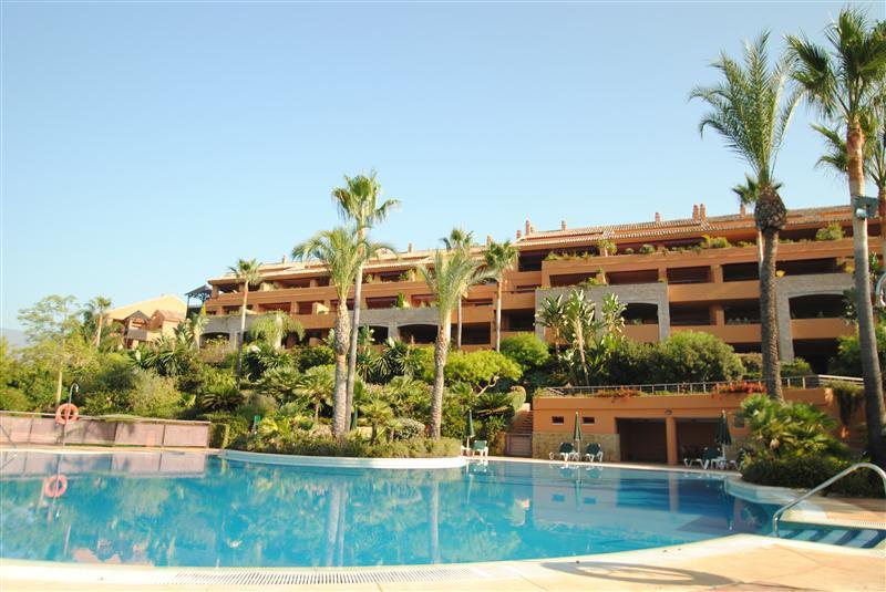 Lejlighed til salg i Los Monteros
