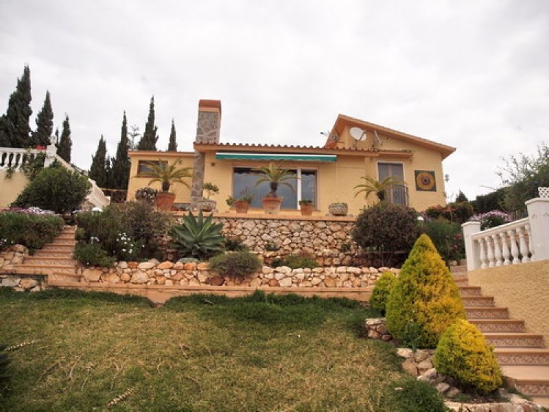 Villa - ejendomsmægler i Benajarafe