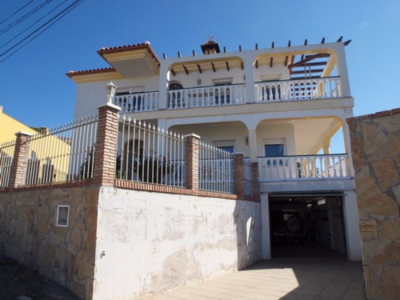 Villa - ejendomsmægler i Mezquitilla