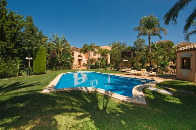 Villa - ejendomsmægler i Marbella