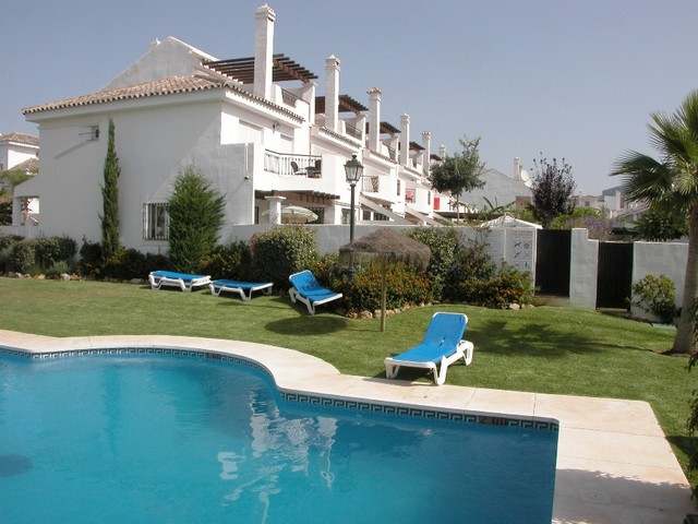 Rækkehus til salg i Nueva Andalucia