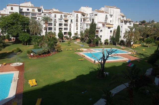Apartment - real estate in Puerto Banus