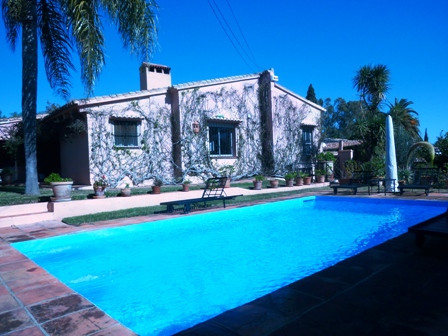Villa - ejendomsmægler i Puerto Banus